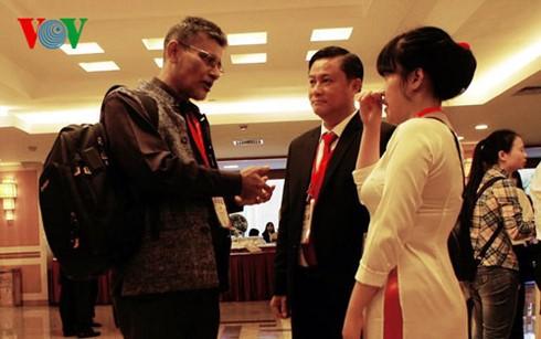 Pembukaan Festival Budaya Sutra Vietnam – Asia 2016 - ảnh 1