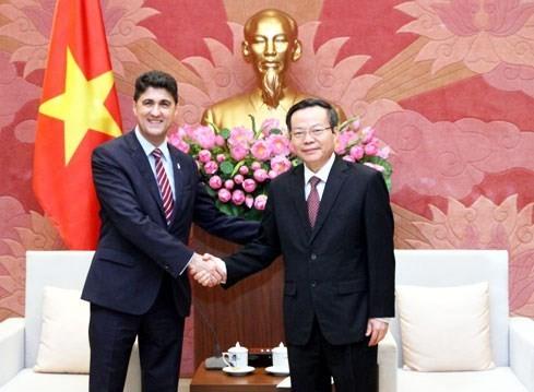 Le Vietnam crée un environnement d'affaires favorable aux entreprises étrangères - ảnh 1