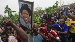 Nigeria: Doppelt in der Krise - ảnh 1