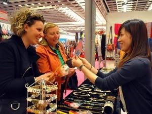 Vietnam nimmt an internationaler Handwerkmesse in Florenz teil - ảnh 1