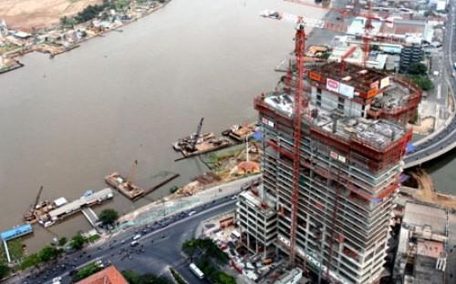 Die Wirtschaft in Ho Chi Minh Stadt 2014 wieder belebter  - ảnh 1