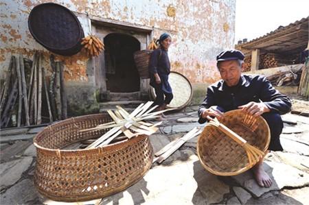 Die traditionellen Berufe der Volksgruppe Ha Nhi - ảnh 1