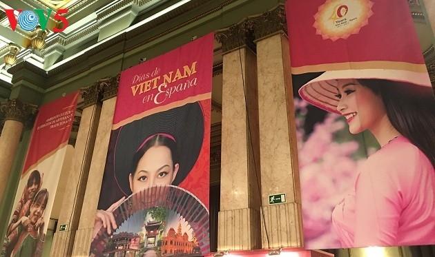 Vietnamesische Tage in Spanien - ảnh 1