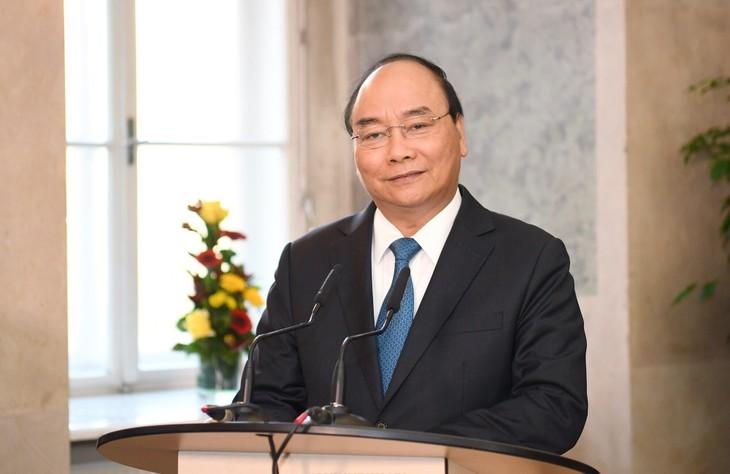 Premierminister Nguyen Xuan Phuc besucht die IMC Fachhochschule Krems - ảnh 1
