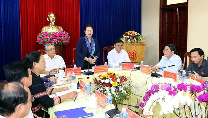 Parlamentspräsidentin Nguyen Thi Kim Ngan besucht Provinz Kon Tum - ảnh 1