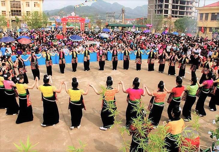 14. Kultur-, Sport- und Tourismus-Festtage der Volksgruppen im Nordwesten - ảnh 1