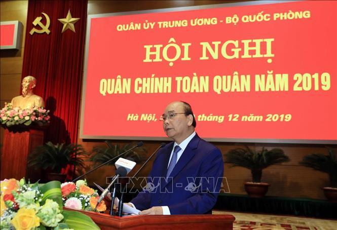 Premierminister Nguyen Xuan Phuc nimmt an der politisch-militärischen Konferenz der Armee teil - ảnh 1