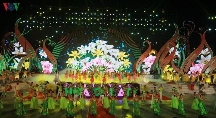 Eröffnung des Blumenfestivals in Da Lat - ảnh 1