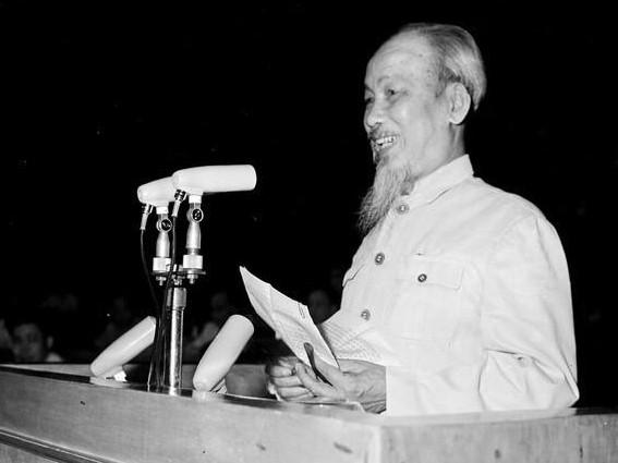 """Programm """"Ho Chi Minh – Willensstärke Vietnams"""" - ảnh 1"""