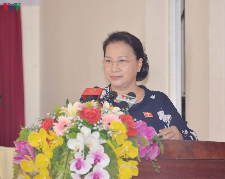 Parlamentspräsidentin Nguyen Thi Kim Ngan trifft Wähler des Stadtbezirks Cai Rang der Stadt Can Tho - ảnh 1