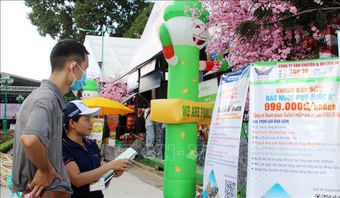 Tourismusfesttag von Ho Chi Minh Stadt zieht 200.000 Besucher an - ảnh 1