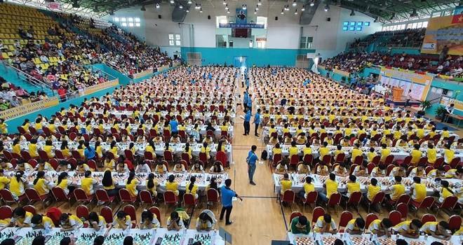 1.200 Schachspieler nehmen an der vietnamesischen Jugendmeisterschaft im Schach teil - ảnh 1