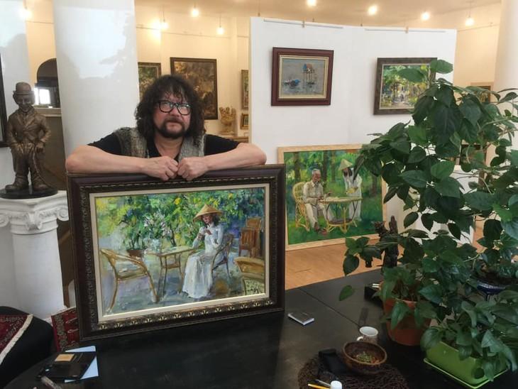 Russischer Maler Zhumabaev, der eine Leidenschaft für Vietnam hat, ist gestorben - ảnh 1