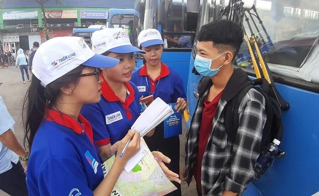Jugendliche von Ho Chi Minh Stadt verbreiten den Geist der Freiwilligen - ảnh 1