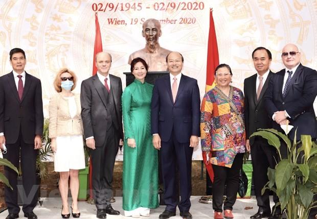 Regionalmanager der WKO ist beeindruckt von der Entwicklung Vietnams - ảnh 1