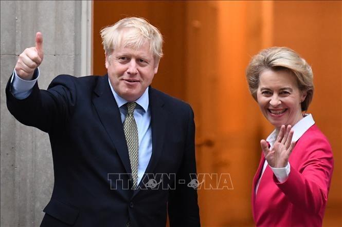 Großbritanniens Premierminister und EU-Kommissionspräsidentin strengen sich an, um Weg aus der Brexit-Sackgasse zu finde - ảnh 1