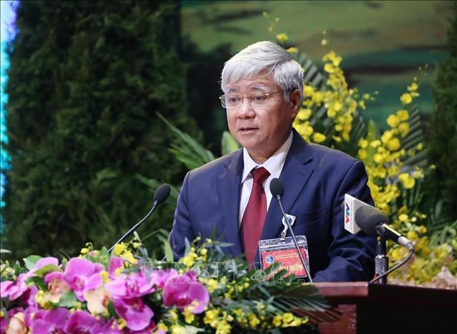 Der Vorsitzende der Vaterländischen Front Vietnams beglückwünscht buddhistische Gläubige zum Vesak-Fest 2021 - ảnh 1
