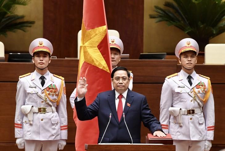Parlament der 15. Legislaturperiode wählt Pham Minh Chinh zum Premierminister der Amtszeit 2021-2026 - ảnh 1