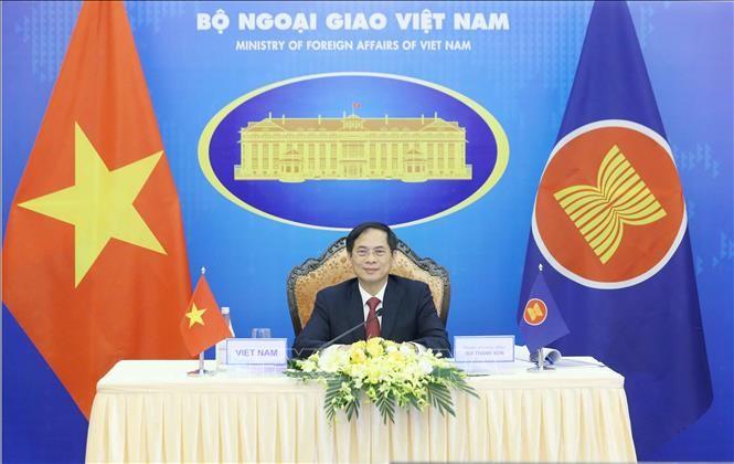 ASEAN-Zusammenarbeit in Politik und Sicherheit zur Gewährleistung eines friedlichen, sicheren und stabilen Umfelds - ảnh 1
