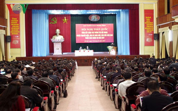 加强对外宣传工作  提高越南外交的地位和形象 - ảnh 1