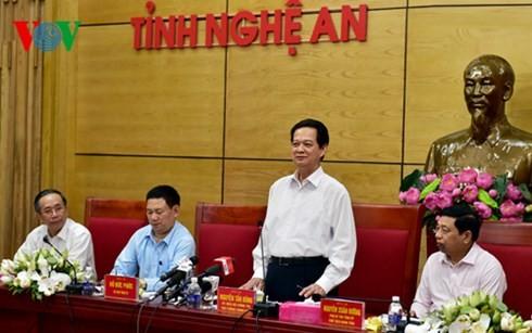 Premierminister Nguyen Tan Dung besucht Nghe An - ảnh 1