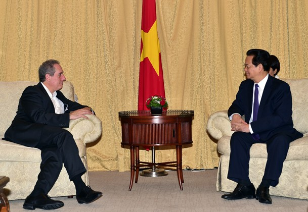 Premierminister Nguyen Tan Dung trifft US-Handelsvertreter Michael Froman - ảnh 1