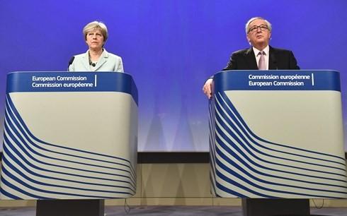 Brexit: EU und Großbritannien erreichen Fortschritt bei Gesprächen - ảnh 1