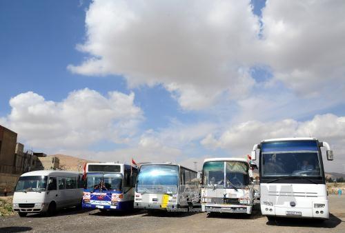 Hilfskonvoi unterwegs nach Ost-Ghouta - ảnh 1