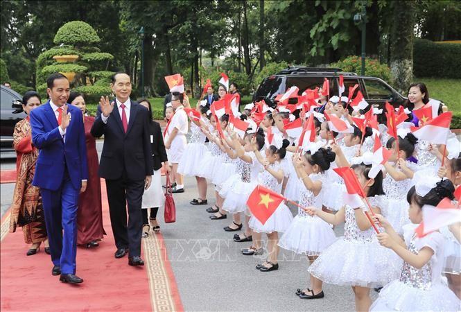 Indonesiens Medien berichten über Vietnambesuch von Präsident Widodo - ảnh 1