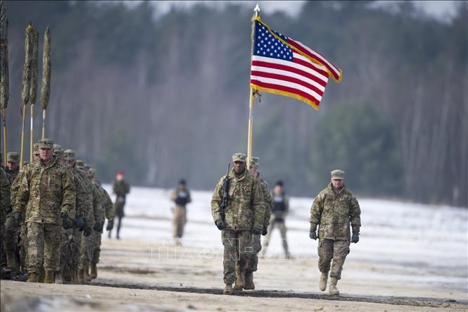 Nato will in Polen Stützpunkt für US-Militärausrüstung einrichten - ảnh 1