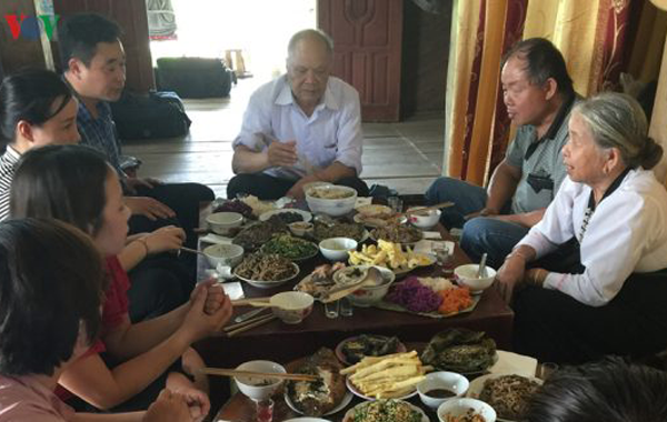 Xip Xi-Fest der weißen Thai in Nordwesten - ảnh 1
