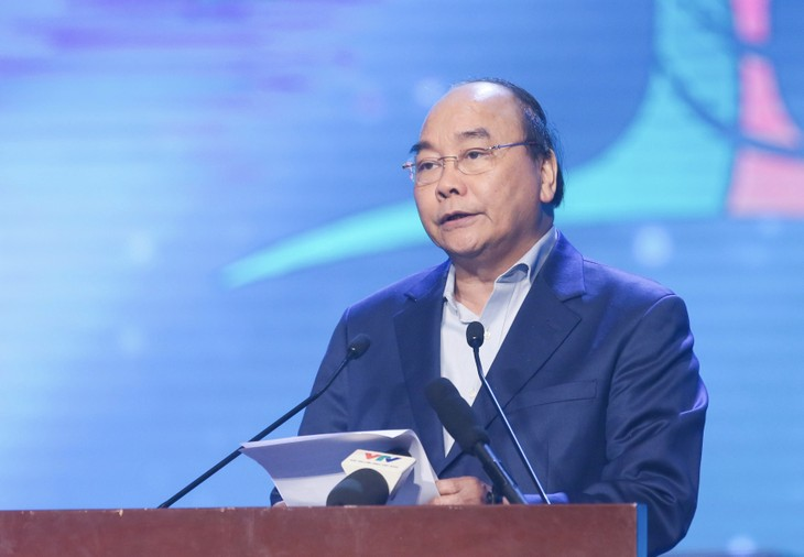 """Premierminister Nguyen Xuan Phuc nimmt am Programm """"Das ganze Land für arme Menschen"""" - ảnh 1"""
