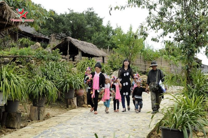 Lai Chau: Kultur- und Tourismuswoche in Tam Duong - ảnh 1