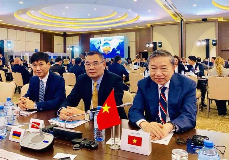 Vietnam und Russland verstärken die Zusammenarbeit im Kampf gegen transnationales Verbrechen - ảnh 1