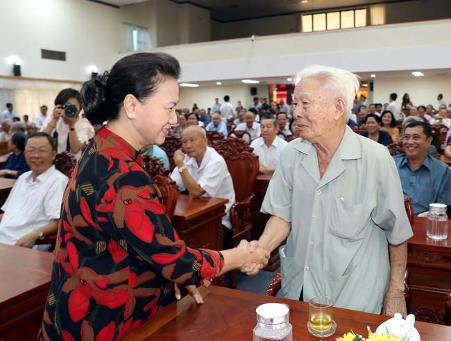 Parlamentspräsidentin: Korruptionsfälle werden strikt gelöst - ảnh 1