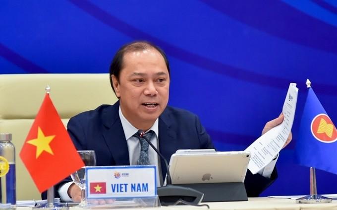 ASEAN hat immer ihren eigenen Standpunkt für regionale und internationale Fragen - ảnh 1
