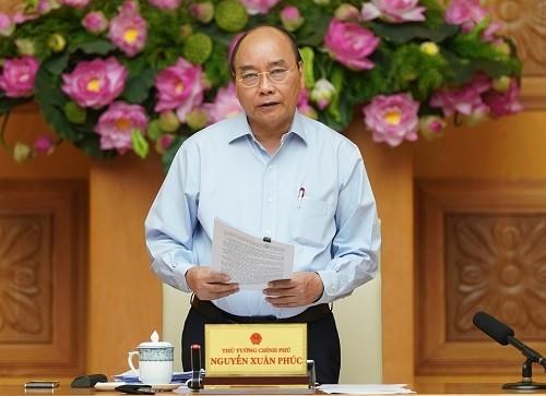 Premierminister Nguyen Xuan Phuc nennt vier Forderungen für die Wirtschaft im zweiten Halbjahr - ảnh 1
