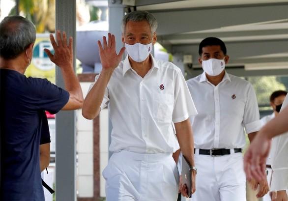 KPV-Generalsekretär Nguyen Phu Trong schickt Glückwunsch an Singapurs Premierminister Lee Hsien Loong - ảnh 1
