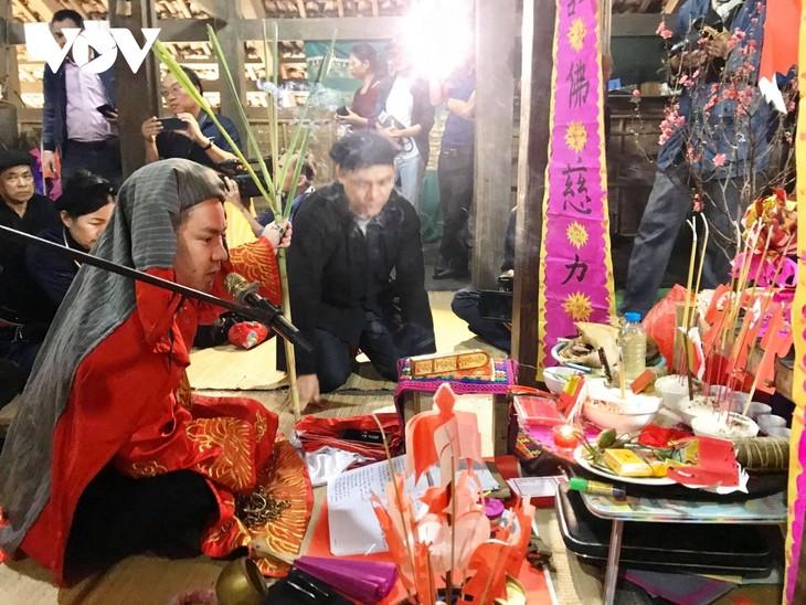 Giai han-Zeremonie am Jahresanfang der Volksgruppen der Tay und der Nung - ảnh 2
