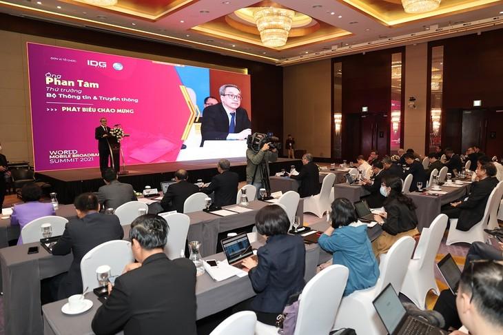 Digitale Transformation in Vietnam auf 5G- und Breitband-Plattform beschleunigt - ảnh 1