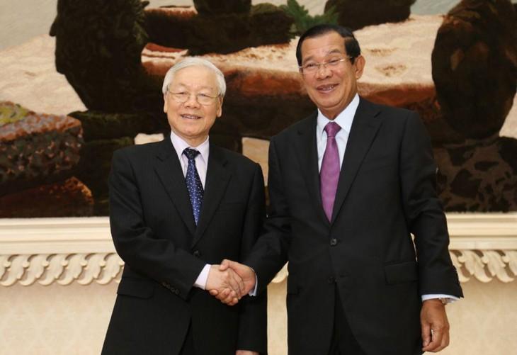 Vorsitzender der kambodschanischen Volkspartei Hun Sen schickt Dankesbrief an KPV-Generalsekretär Nguyen Phu Trong - ảnh 1