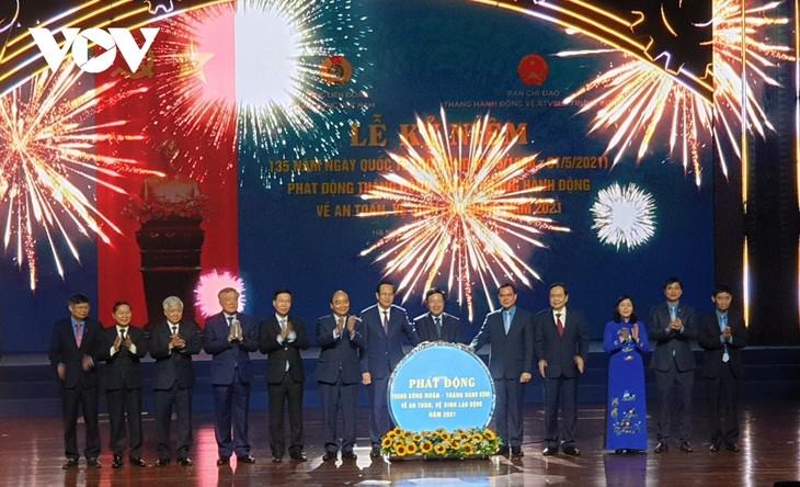Feier zum Tag der Arbeit 2021 und Start des Monats für Arbeiter - ảnh 1