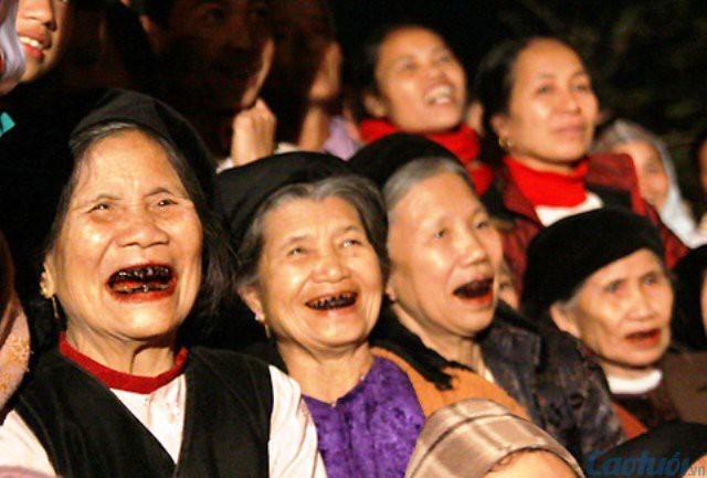 Tag für vietnamesische Senioren: die Schönheit der Alten - ảnh 1