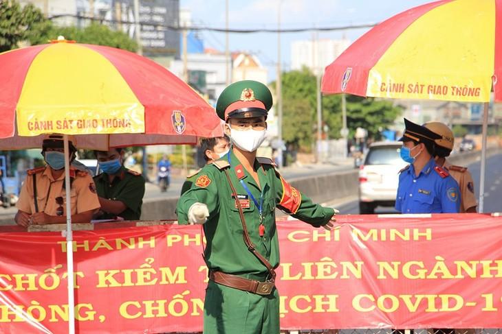 Südvietnamesische Provinzen verstärken Maßnahmen gegen Covid-19-Epidemie - ảnh 1