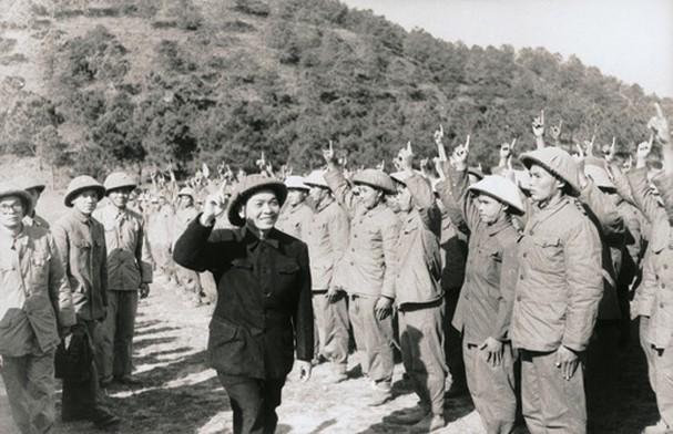 Generalsekretär Vo Nguyen Giap und die historischen Meilensteine - ảnh 13