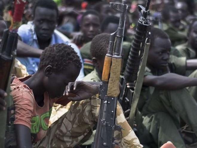 Serentetan pra-pemuda diculik di Sudan Selatan - ảnh 1