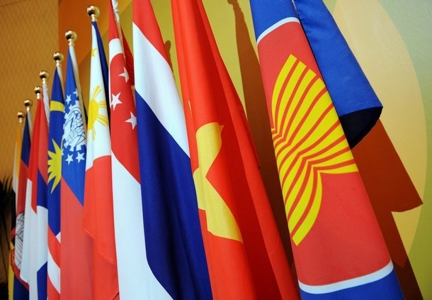 Malaysia mengadakan Konferensi Pejabat Tinggi ASEAN dan konferensi-konferensi lain yang bersangkutan - ảnh 1