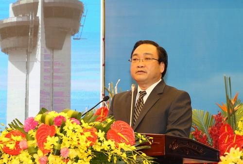 Maskapai penerbangan Vietnam memperbaiki kualitas jasa, meningkatkan daya saing internasional - ảnh 1