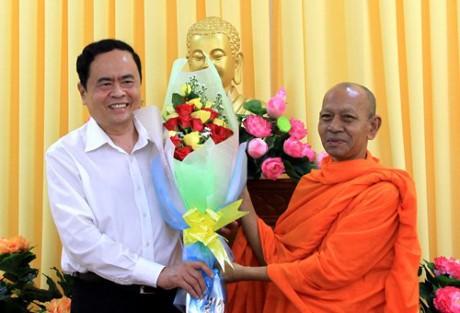 Ketua Pengurus Besar Front Tanah Air Vietnam, Tran Thanh Man mengunjungi basis-basis agama di Kota Can Tho - ảnh 1