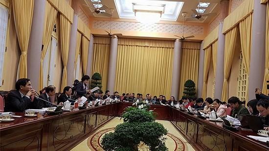 Kantor Presiden mengadakan jumpa pers untuk mengumumkan beberapa UU yang diesahkan MN angkatan XIV - ảnh 1